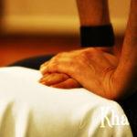 Σιάτσου-μασάζ-πίεση με δάκτυλα